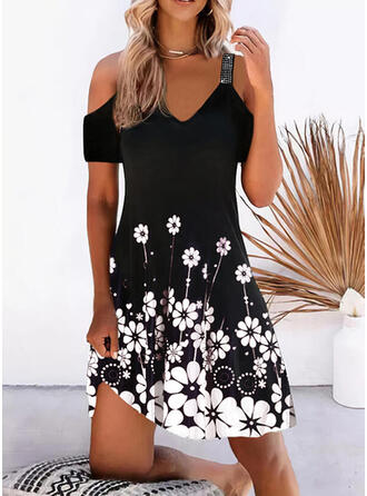 Print/Floral Short Sleeves Shift Knee Length Casual/Vacation Tunic Dresses
