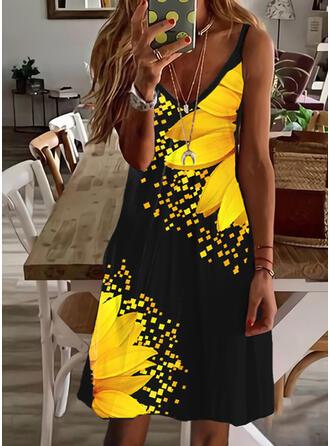 Print/Floral Sleeveless Shift Knee Length Casual Slip Dresses