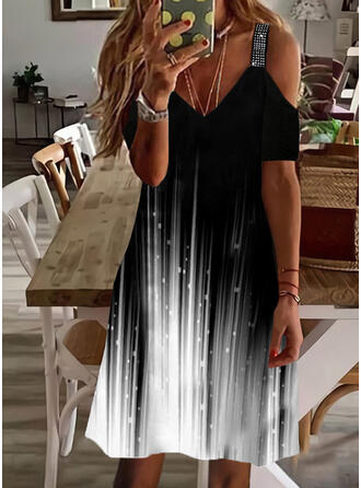 Print/Gradient Sequins Short Sleeves Cold Shoulder Sleeve Shift Knee Length Casual Tunic Dresses