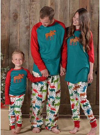 Kleur-Blok Hert Voor Gezinnen Kerst Pyjamas