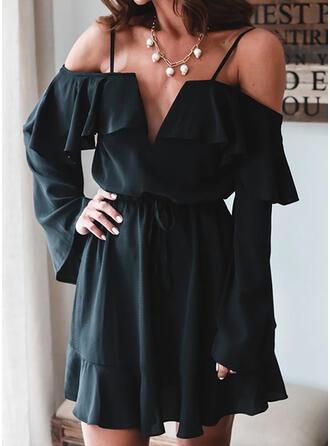 Solide Lange Mouwen/Cold Shoulder Mouw A-lijn Boven de knie Zwart jurkje/Casual Jurken