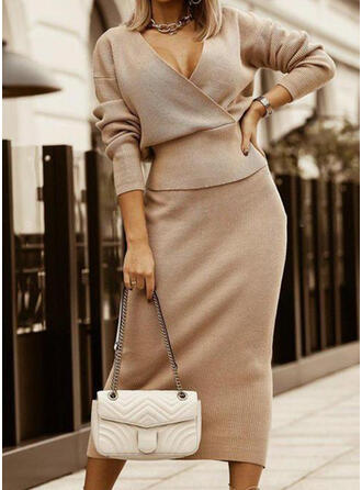 Solid Long Sleeves Bodycon Sweater Little Black/Elegant Midi Dresses