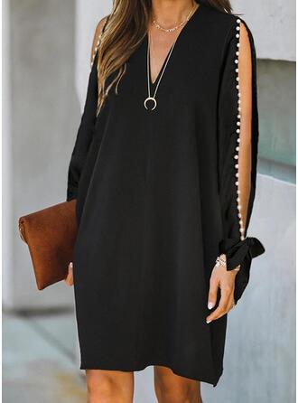Solid/Beaded Long Sleeves/Split Sleeve Shift Knee Length Little Black/Elegant Dresses